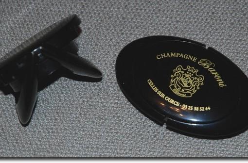 Bouchon hermetique noir Champagne Baroni