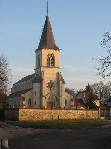 marche_noel_saint_julien_eglise_20122015